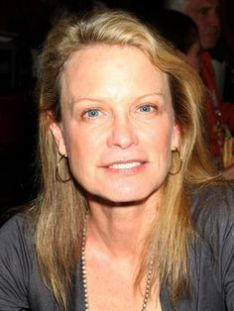 Shelley Hack at the Hollywood Collector's Show in Burbank, CA on July 18, 2009